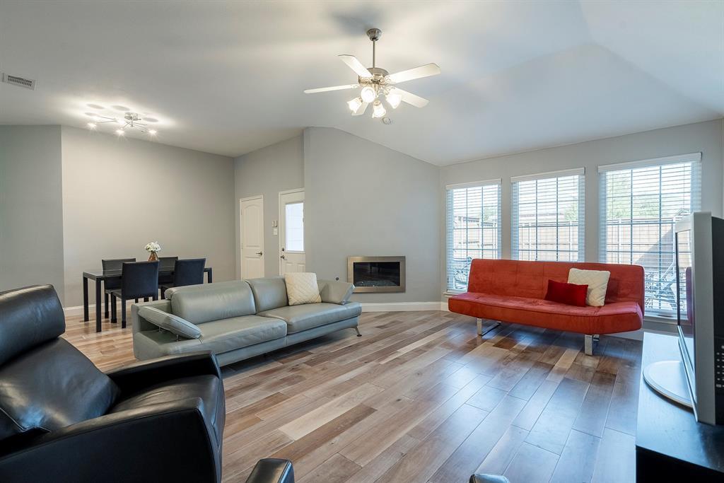 5904 Saddle Club Trail, McKinney, Texas 75070 - acquisto real estate best designer and realtor hannah ewing kind realtor