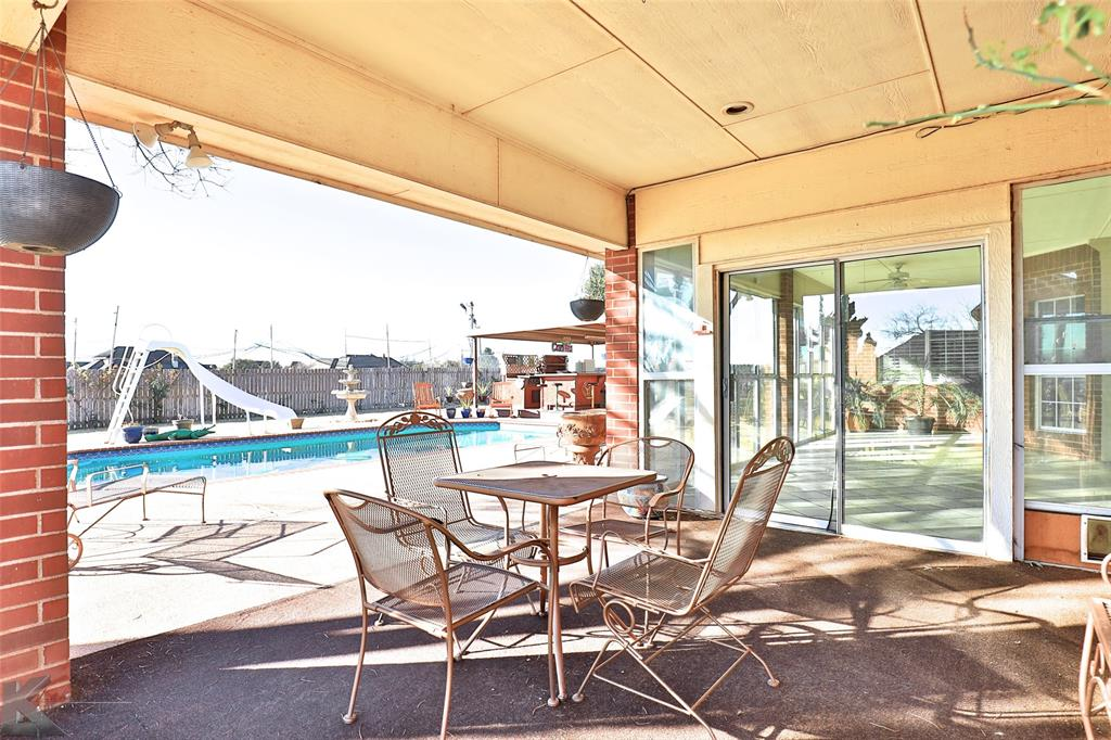 8541 Saddle Creek Road, Abilene, Texas 79602 - acquisto real estate best looking realtor in america shana acquisto