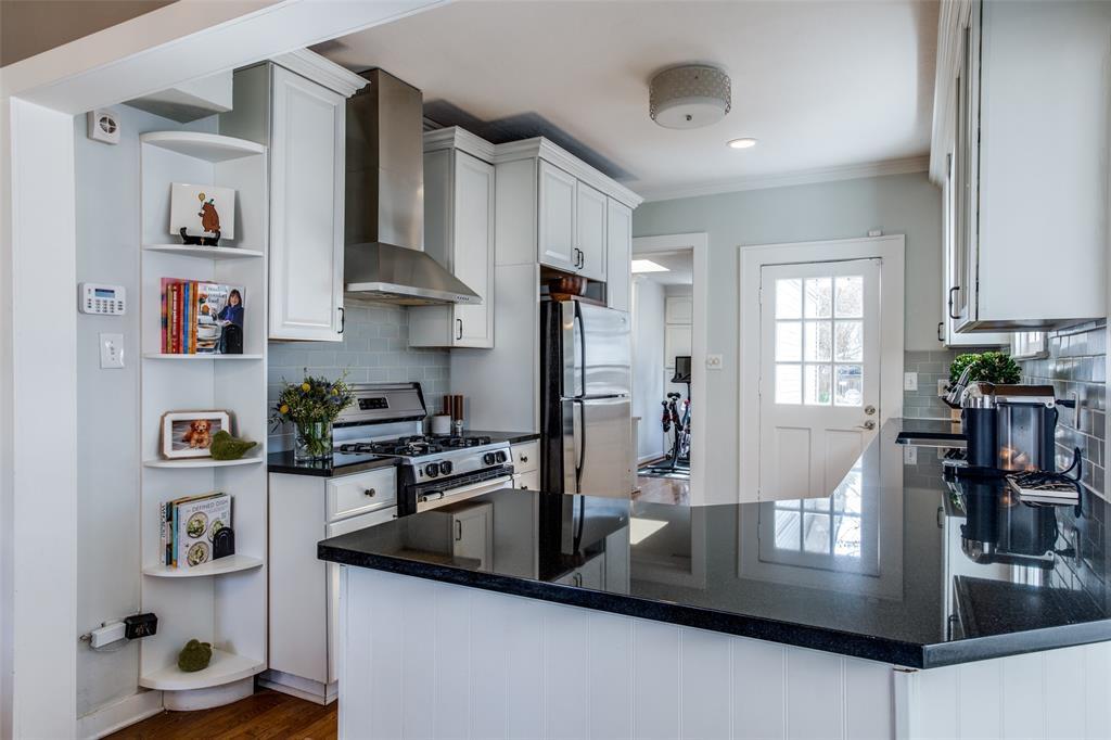 5338 Vanderbilt Avenue, Dallas, Texas 75206 - acquisto real estate best real estate company to work for