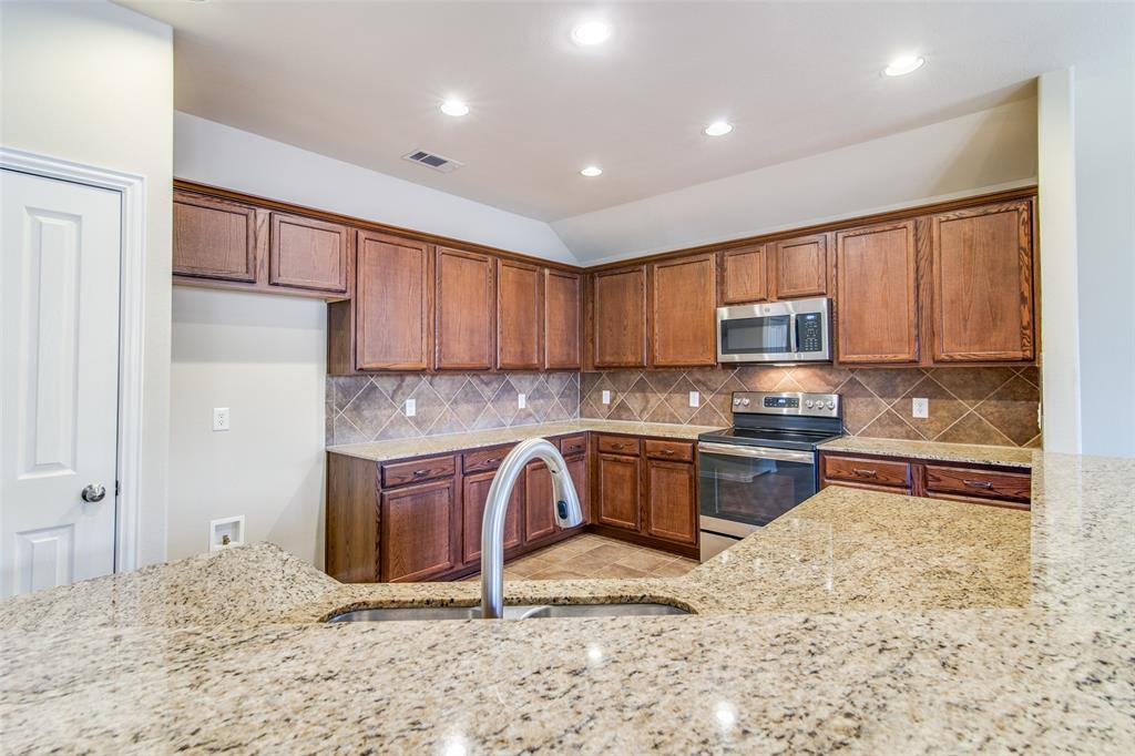 109 Forestbrook Drive, Wylie, Texas 75098 - acquisto real estate best flower mound realtor jody daley lake highalands agent of the year