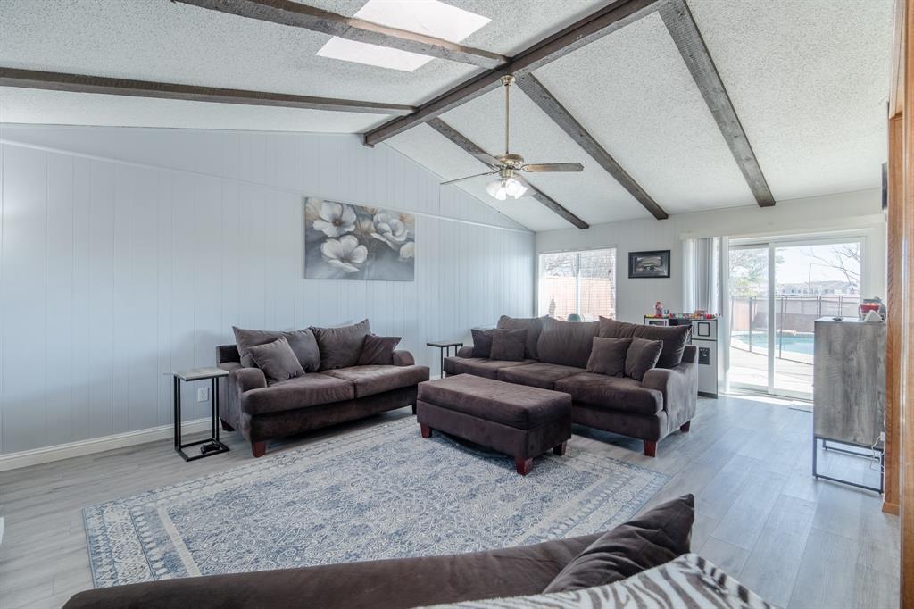 2212 Colonial Place, Carrollton, Texas 75007 - acquisto real estate best highland park realtor amy gasperini fast real estate service