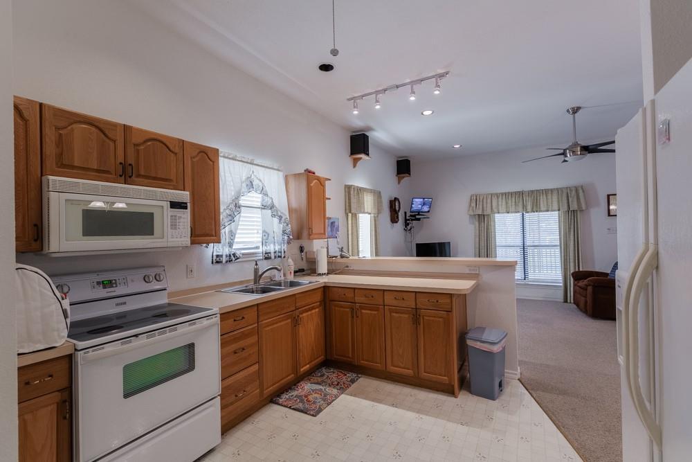 1060 Tumbleweed Drive, Waxahachie, Texas 75167 - acquisto real estate best celina realtor logan lawrence best dressed realtor