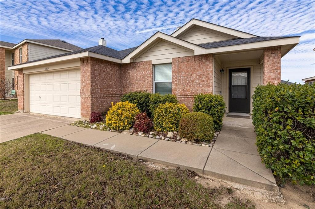 4860 Parkview Hills Lane, Fort Worth, Texas 76179 - Acquisto Real Estate best plano realtor mike Shepherd home owners association expert
