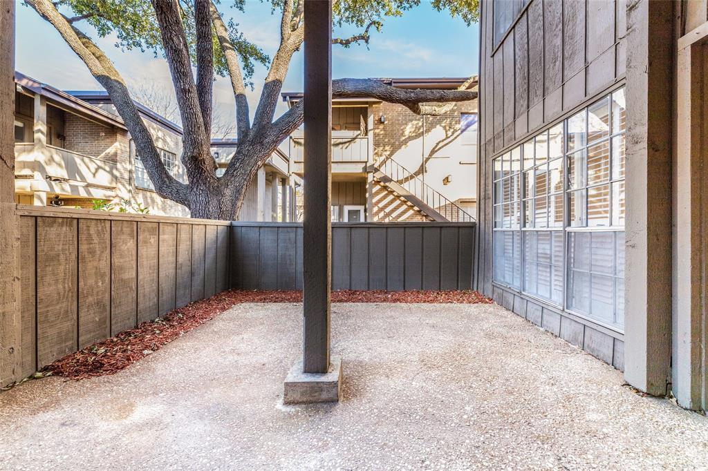 10437 High Hollows Drive, Dallas, Texas 75230 - acquisto real estate best investor home specialist mike shepherd relocation expert