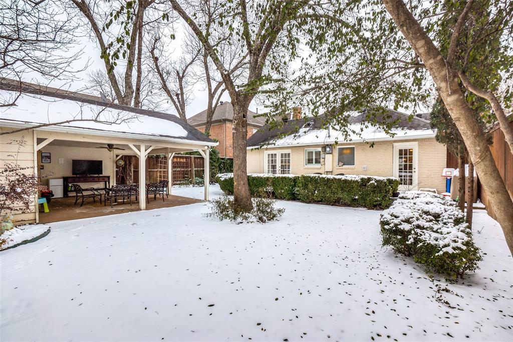 5827 Morningside Avenue, Dallas, Texas 75206 - acquisto real estate best negotiating realtor linda miller declutter realtor