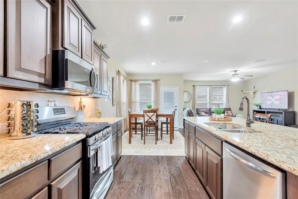 10112 Burtrum Drive, Fort Worth, Texas 76177 - acquisto real estate best real estate company to work for