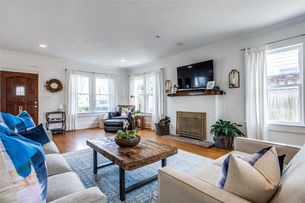 5338 Vanderbilt Avenue, Dallas, Texas 75206 - acquisto real estate best the colony realtor linda miller the bridges real estate