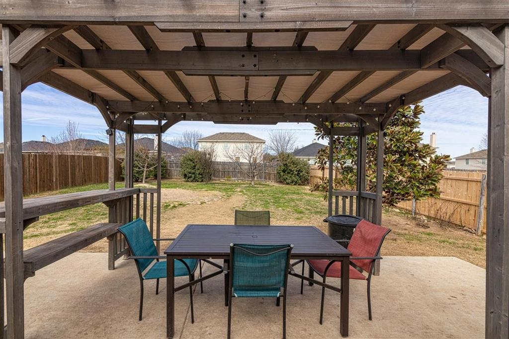 4860 Parkview Hills Lane, Fort Worth, Texas 76179 - acquisto real estate best realtor dfw jody daley liberty high school realtor