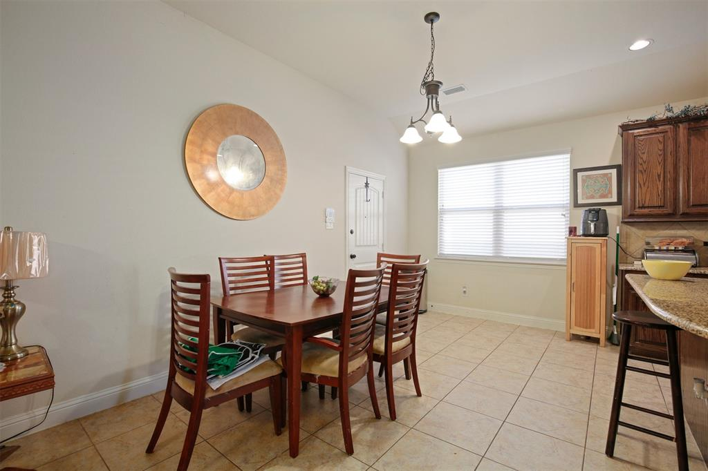 1021 Appalachian Lane, Savannah, Texas 76227 - acquisto real estate best real estate company to work for