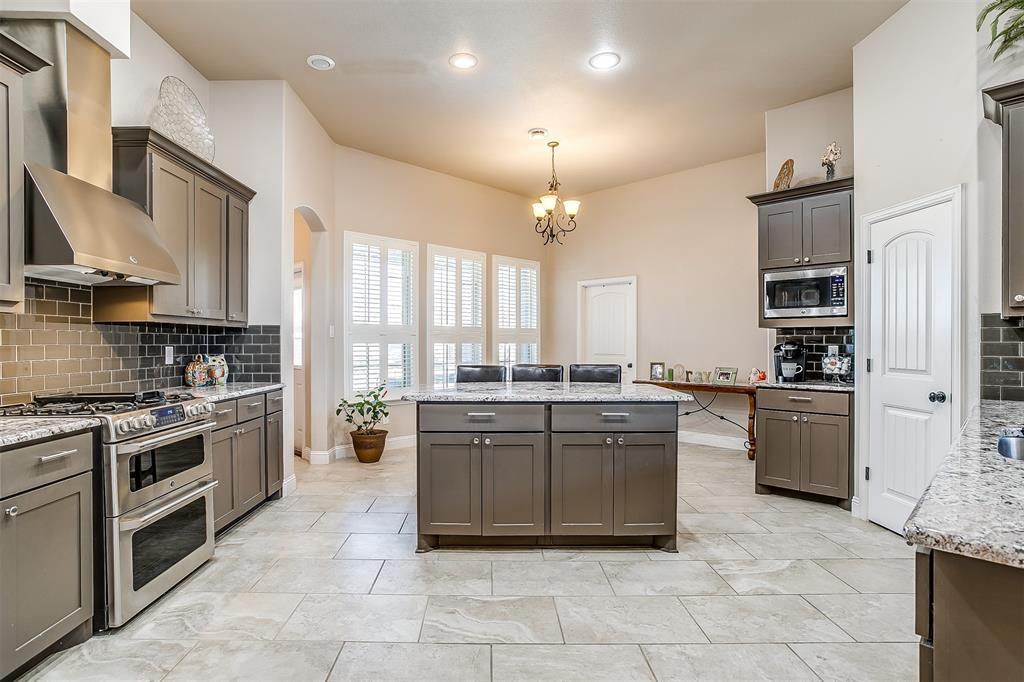 157 Diablo Drive, Burleson, Texas 76028 - acquisto real estate best photos for luxury listings amy gasperini quick sale real estate