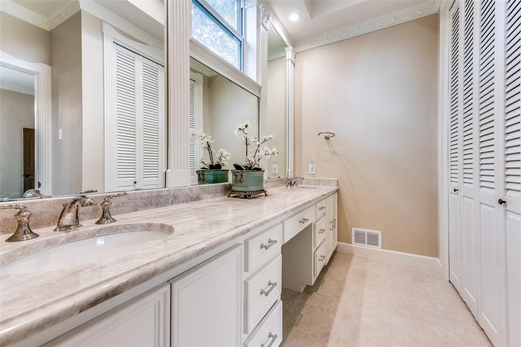7127 Lakehurst  Avenue, Dallas, Texas 75230 - acquisto real estate best new home sales realtor linda miller executor real estate