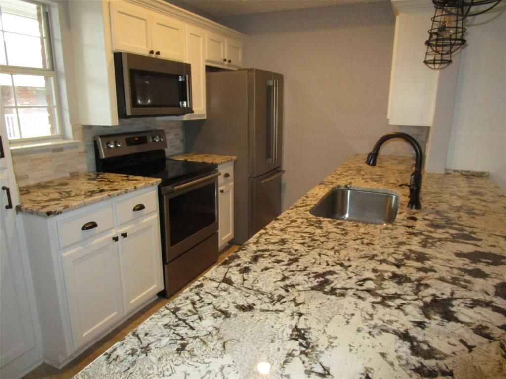 8511 Westover Court, Granbury, Texas 76049 - Acquisto Real Estate best mckinney realtor hannah ewing stonebridge ranch expert