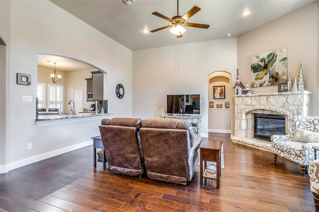 157 Diablo Drive, Burleson, Texas 76028 - acquisto real estate best real estate company in frisco texas real estate showings