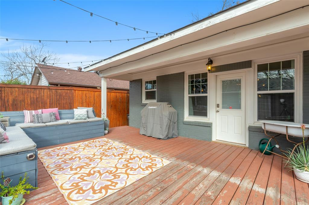 5033 Lovell Avenue, Fort Worth, Texas 76107 - acquisto real estate best realtor westlake susan cancemi kind realtor of the year