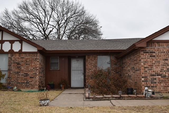 1907 River Bend Road, Arlington, Texas 76014 - Acquisto Real Estate best frisco realtor Amy Gasperini 1031 exchange expert