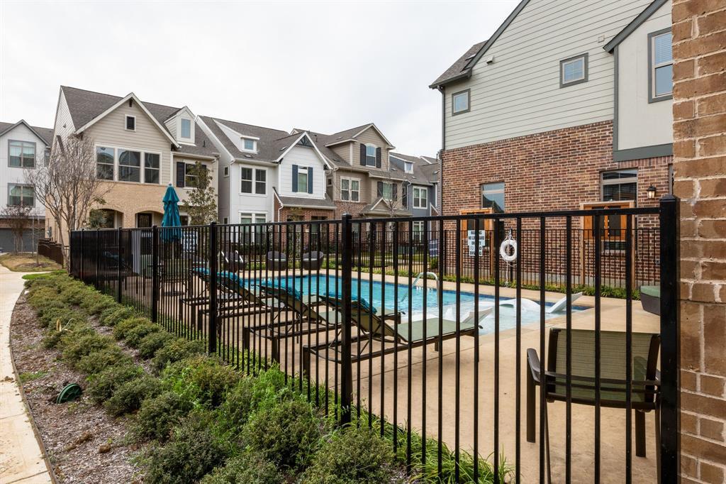 2716 Flowering Peach Lane, Dallas, Texas 75212 - acquisto real estate best the colony realtor linda miller the bridges real estate