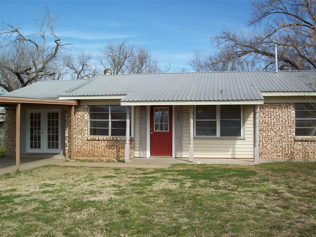 1605 Park Road, Mineral Wells, Texas 76067 - acquisto real estate best allen realtor kim miller hunters creek expert