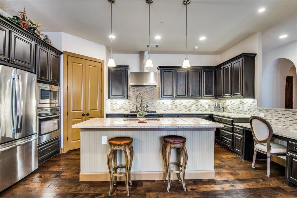 545 Via Amalfi  311, Irving, Texas 75039 - Acquisto Real Estate best plano realtor mike Shepherd home owners association expert