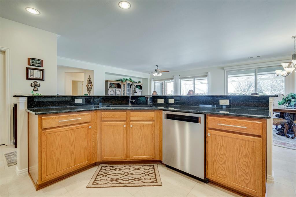 9004 Freeport Drive, Denton, Texas 76207 - acquisto real estate best realtor dfw jody daley liberty high school realtor