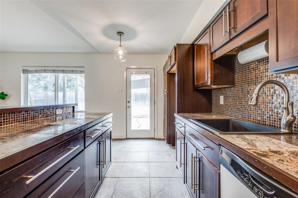 12030 Sunland Street, Dallas, Texas 75218 - acquisto real estate best real estate company to work for
