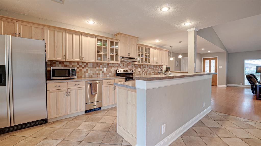928 Mossvine Drive, Plano, Texas 75023 - acquisto real estate best listing agent in the nation shana acquisto estate realtor