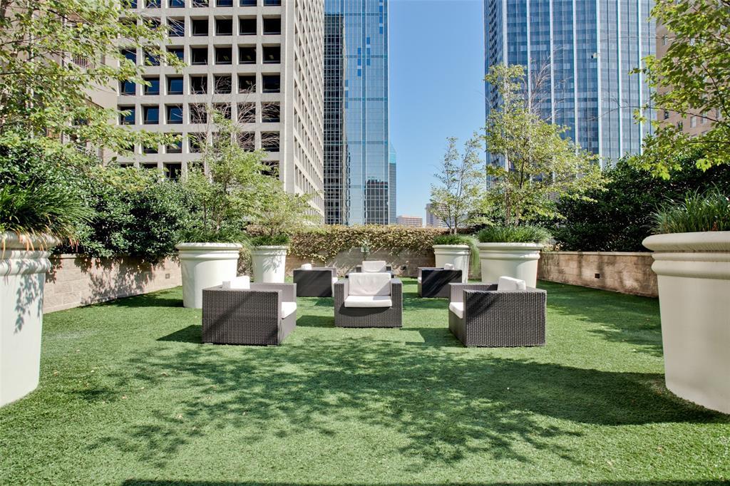 1200 Main  Street, Dallas, Texas 75202 - acquisto real estate best realtor foreclosure real estate mike shepeherd walnut grove realtor
