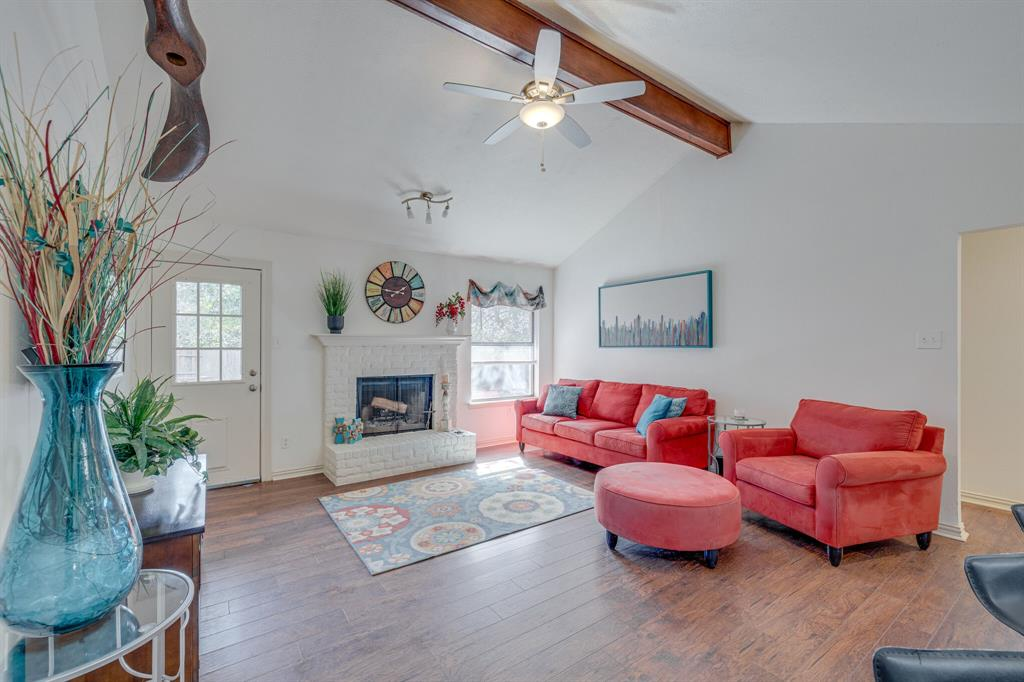 6824 Stillmeadows Circle, North Richland Hills, Texas 76182 - acquisto real estate best real estate company to work for