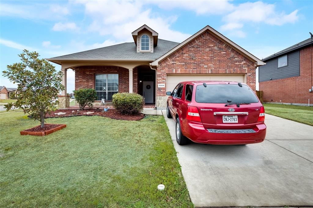 10928 Hawks Landing Road, Fort Worth, Texas 76052 - Acquisto Real Estate best plano realtor mike Shepherd home owners association expert