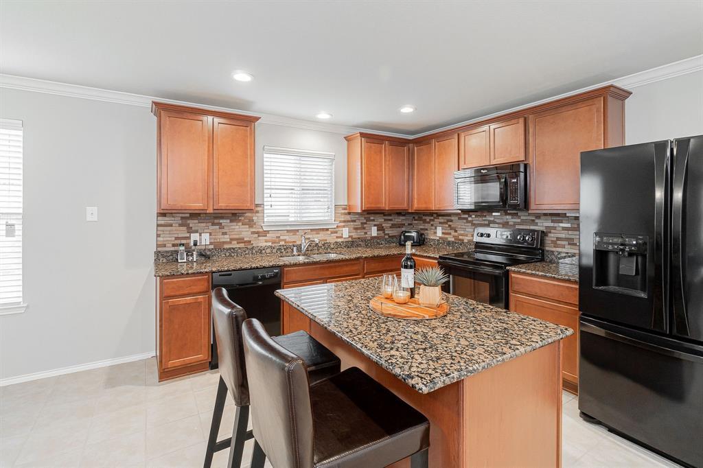 1721 Christopher Creek Drive, Little Elm, Texas 75068 - acquisto real estate best prosper realtor susan cancemi windfarms realtor