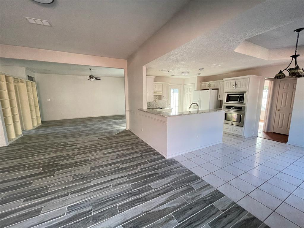 3614 Sunnypark Drive, Arlington, Texas 76014 - acquisto real estate best highland park realtor amy gasperini fast real estate service