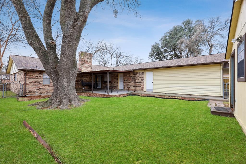 1413 Kingsbridge Drive, Garland, Texas 75044 - acquisto real estate best listing photos hannah ewing mckinney real estate expert