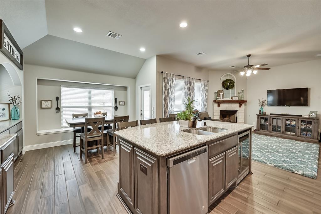 1617 Wright Street, Savannah, Texas 76227 - acquisto real estate best designer and realtor hannah ewing kind realtor