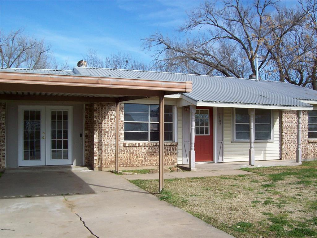 1605 Park Road, Mineral Wells, Texas 76067 - Acquisto Real Estate best plano realtor mike Shepherd home owners association expert