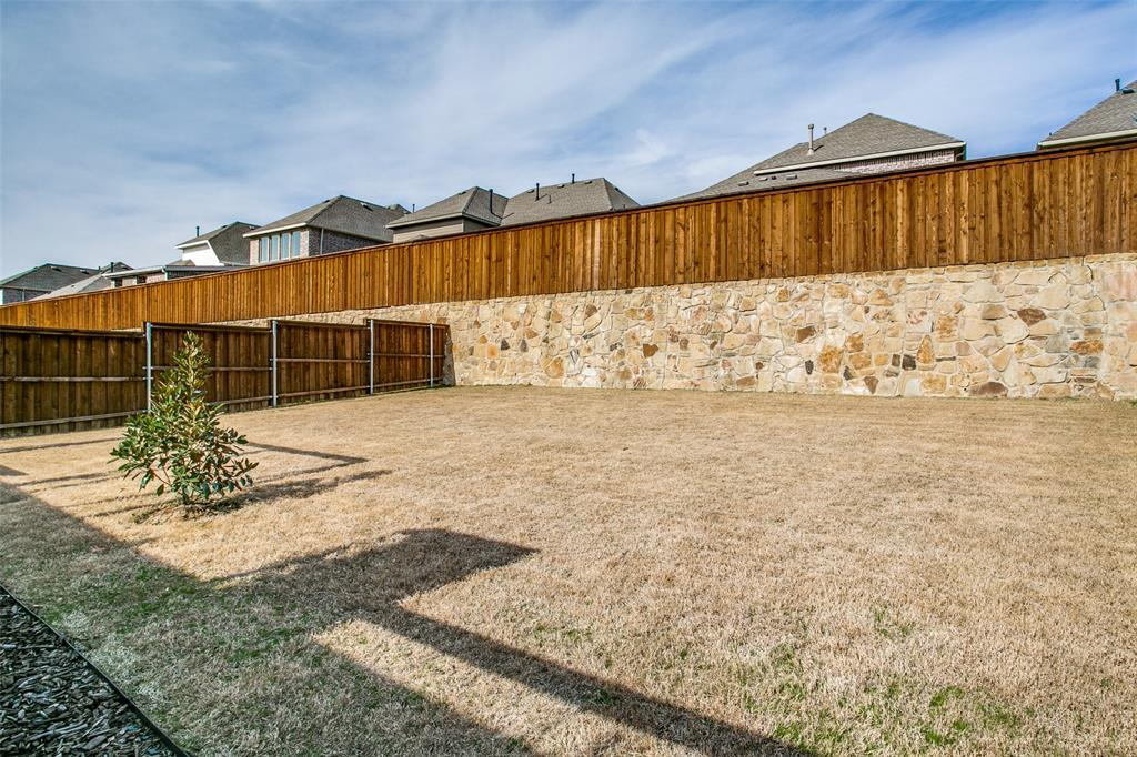 3433 Begonia Lane, Irving, Texas 75038 - acquisto real estate best looking realtor in america shana acquisto