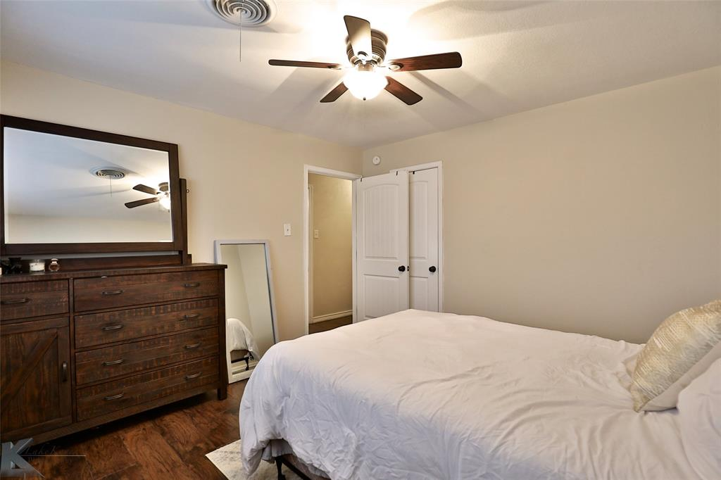 3410 27th Street, Abilene, Texas 79605 - acquisto real estate best park cities realtor kim miller best staging agent