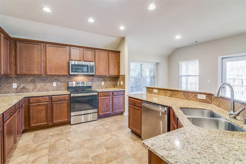 109 Forestbrook Drive, Wylie, Texas 75098 - acquisto real estate best prosper realtor susan cancemi windfarms realtor