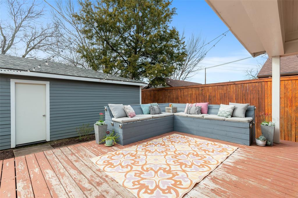 5033 Lovell Avenue, Fort Worth, Texas 76107 - acquisto real estate best realtor foreclosure real estate mike shepeherd walnut grove realtor