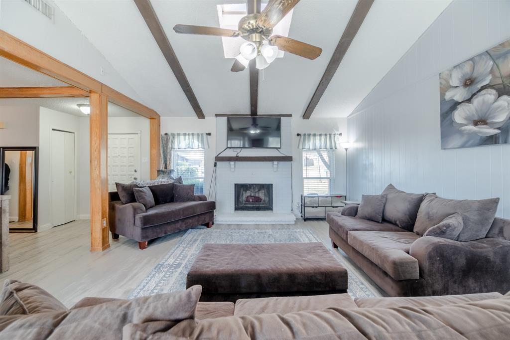 2212 Colonial Place, Carrollton, Texas 75007 - acquisto real estate best prosper realtor susan cancemi windfarms realtor