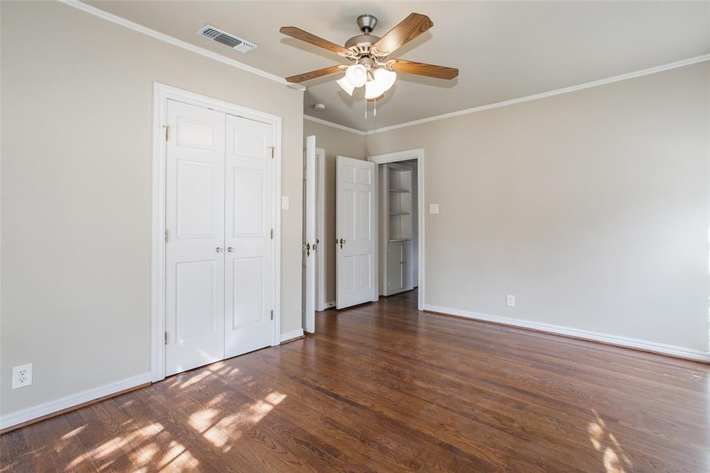 3904 Lenox Drive, Fort Worth, Texas 76107 - acquisto real estate best realtor foreclosure real estate mike shepeherd walnut grove realtor