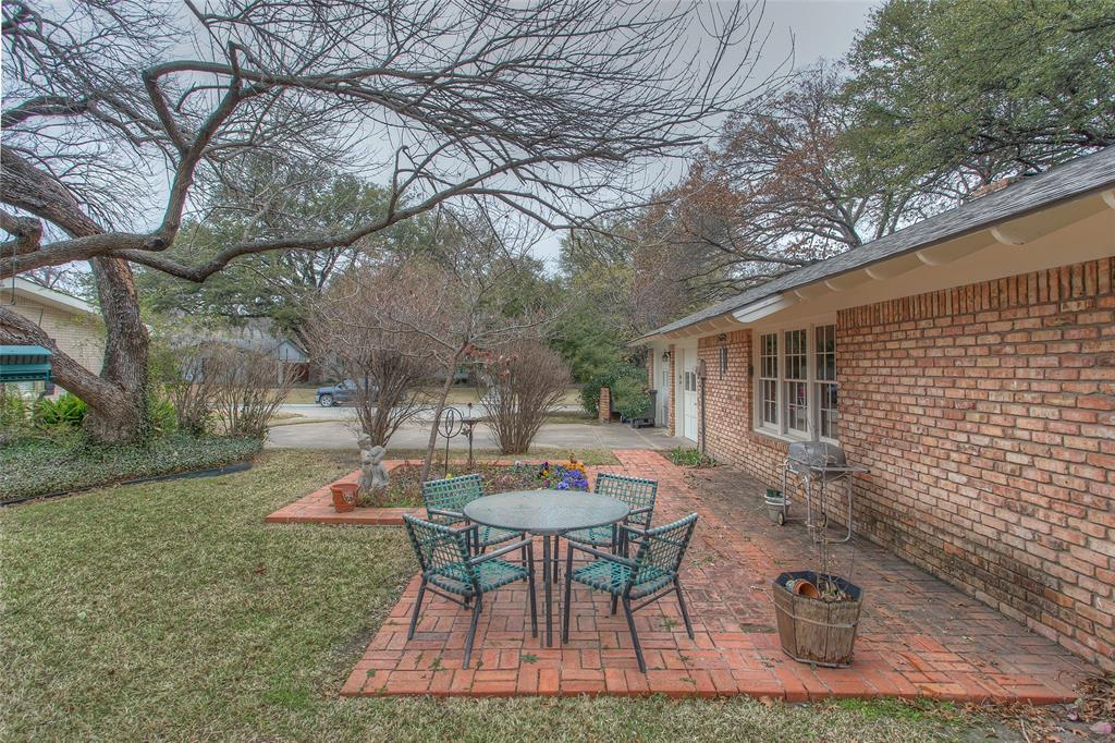 2700 Hartwood Drive, Fort Worth, Texas 76109 - acquisto real estate agent of the year mike shepherd