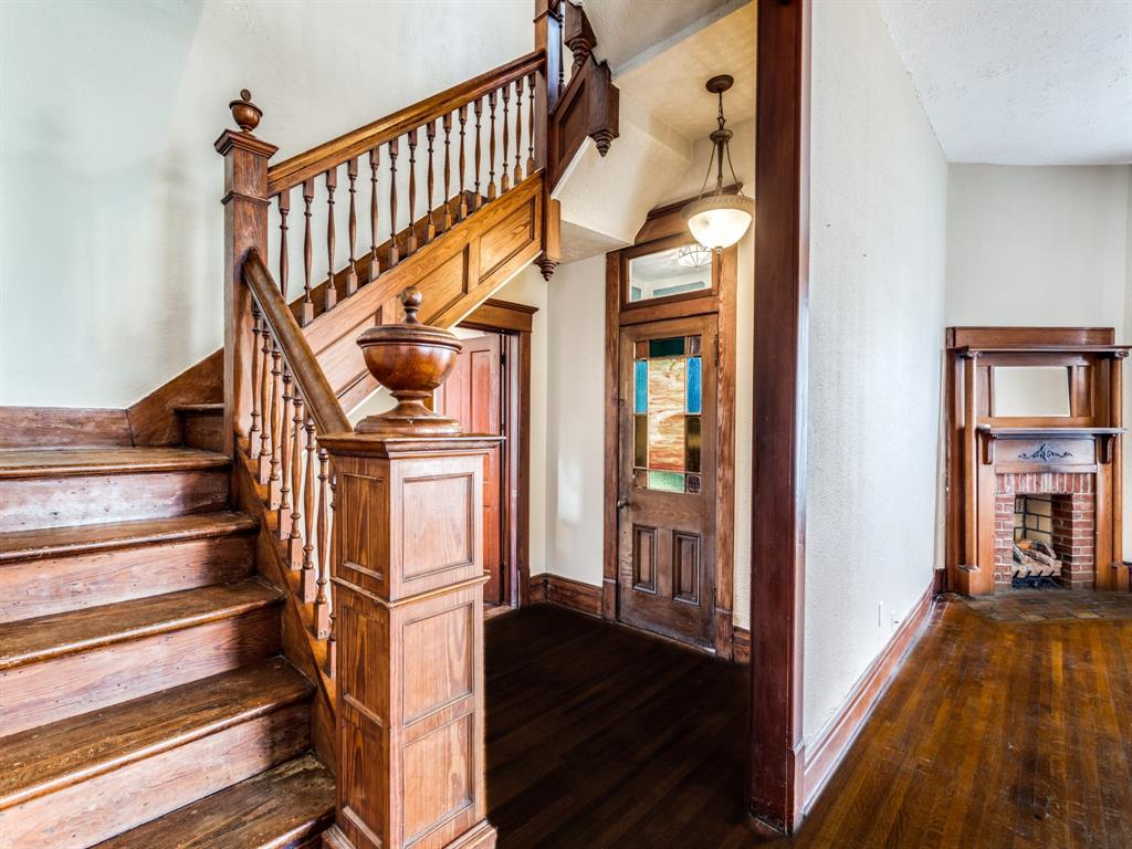 601 Parker Street, McKinney, Texas 75069 - acquisto real estate best real estate company to work for