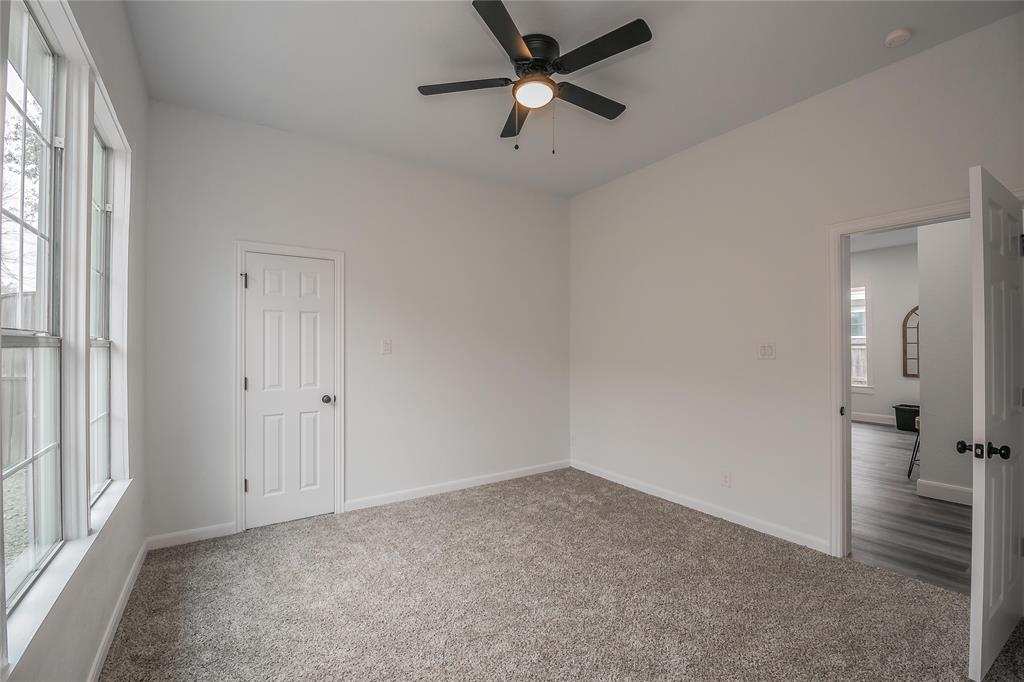 2925 May Street, Fort Worth, Texas 76110 - acquisto real estate best realtor dallas texas linda miller agent for cultural buyers