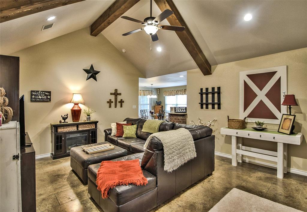 3017 Steepleridge  Circle, Granbury, Texas 76048 - acquisto real estate best highland park realtor amy gasperini fast real estate service