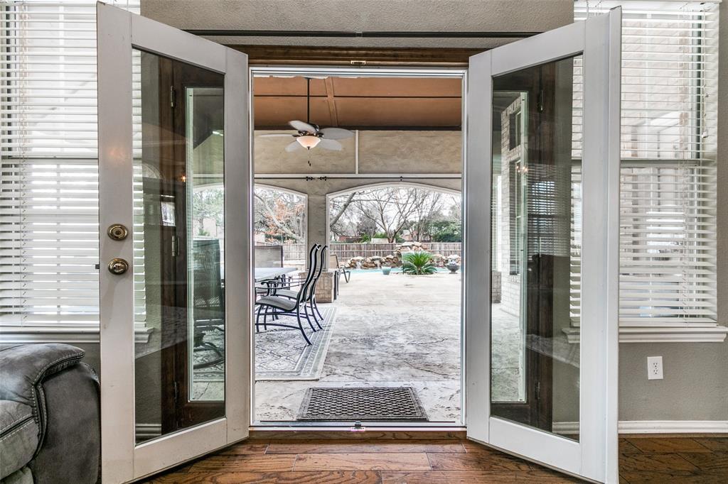 3313 Devonshire Court, Flower Mound, Texas 75022 - acquisto real estate best realtor foreclosure real estate mike shepeherd walnut grove realtor