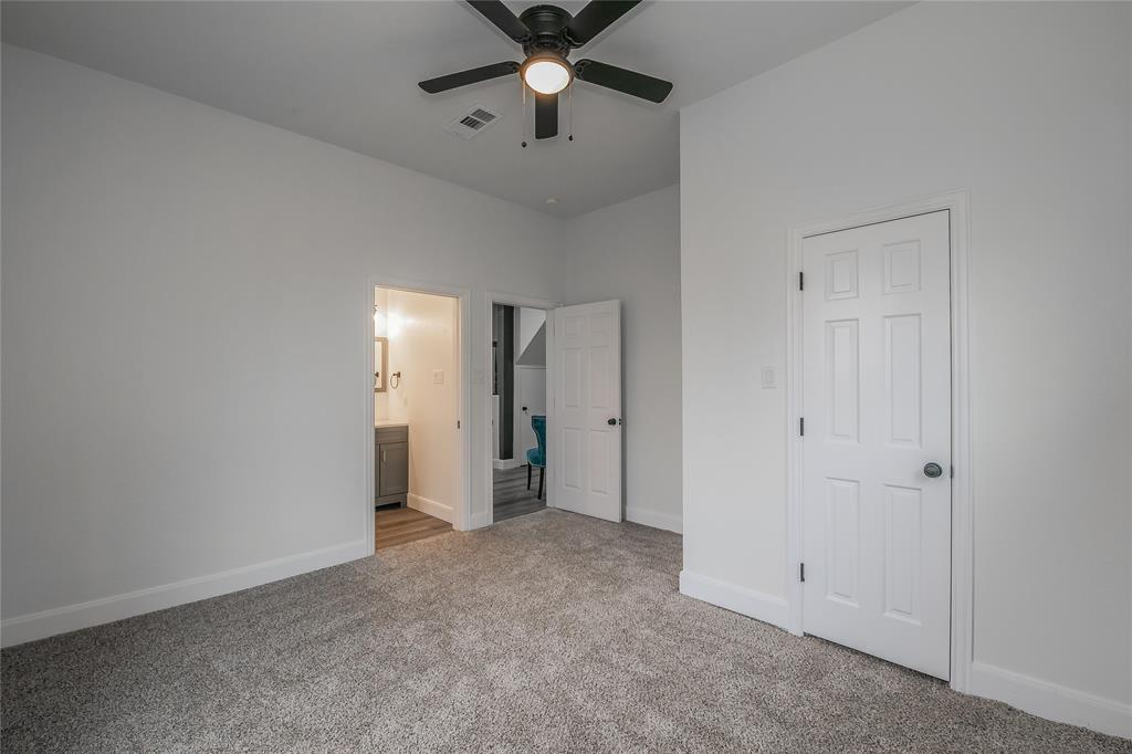 2925 May Street, Fort Worth, Texas 76110 - acquisto real estate best photos for luxury listings amy gasperini quick sale real estate