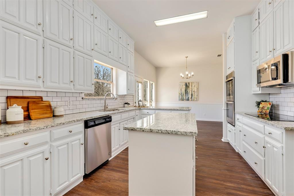 2916 Patino Road, Fort Worth, Texas 76112 - acquisto real estate best celina realtor logan lawrence best dressed realtor