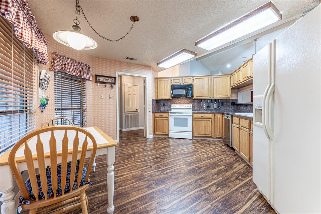 3006 Princewood Drive, Garland, Texas 75040 - acquisto real estate best highland park realtor amy gasperini fast real estate service