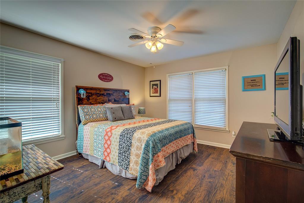 512 Davis Street, Sulphur Springs, Texas 75482 - acquisto real estate best designer and realtor hannah ewing kind realtor