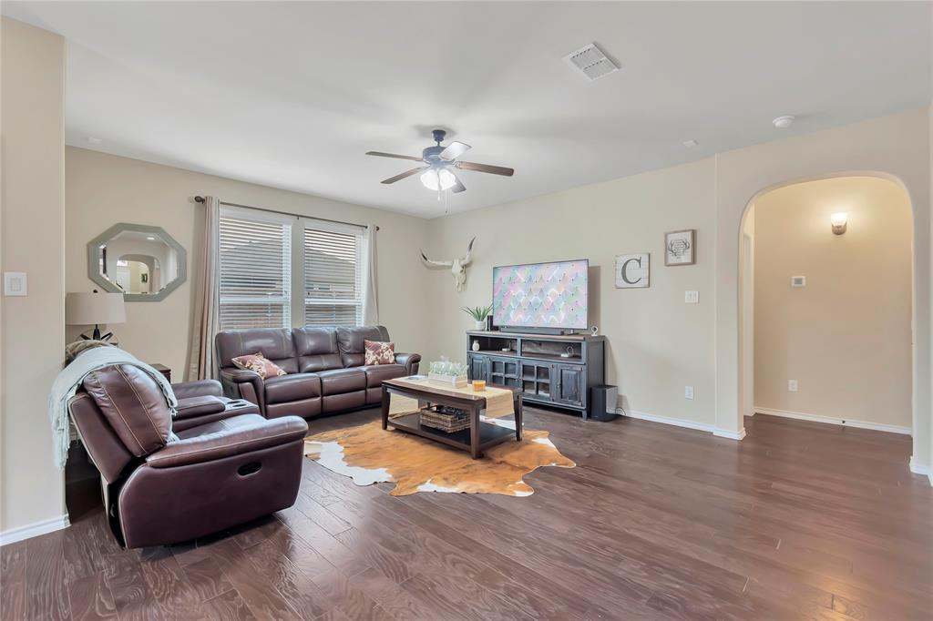 10112 Burtrum Drive, Fort Worth, Texas 76177 - acquisto real estate best highland park realtor amy gasperini fast real estate service