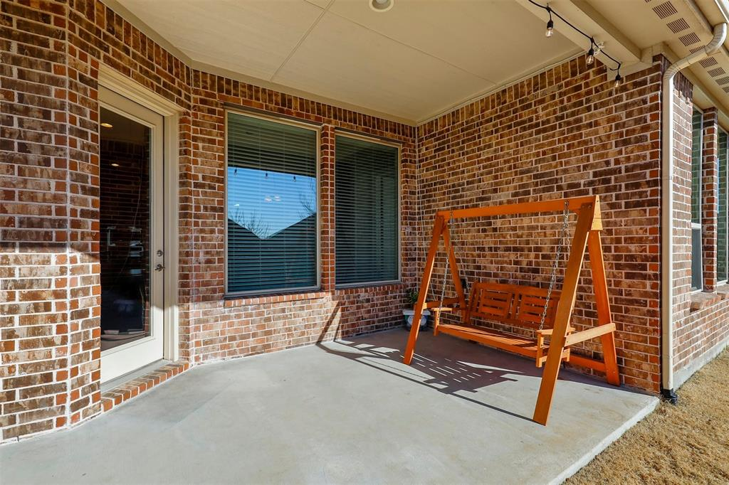 300 Ridgewood Drive, Lewisville, Texas 75067 - acquisto real estate best looking realtor in america shana acquisto